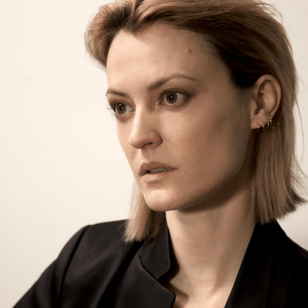 Laine Rettmer Headshot